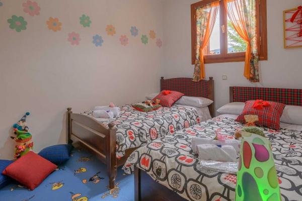 bedroom-kids7E03CBE4-8A02-059F-3C6D-6CE92E2E64CC.jpg